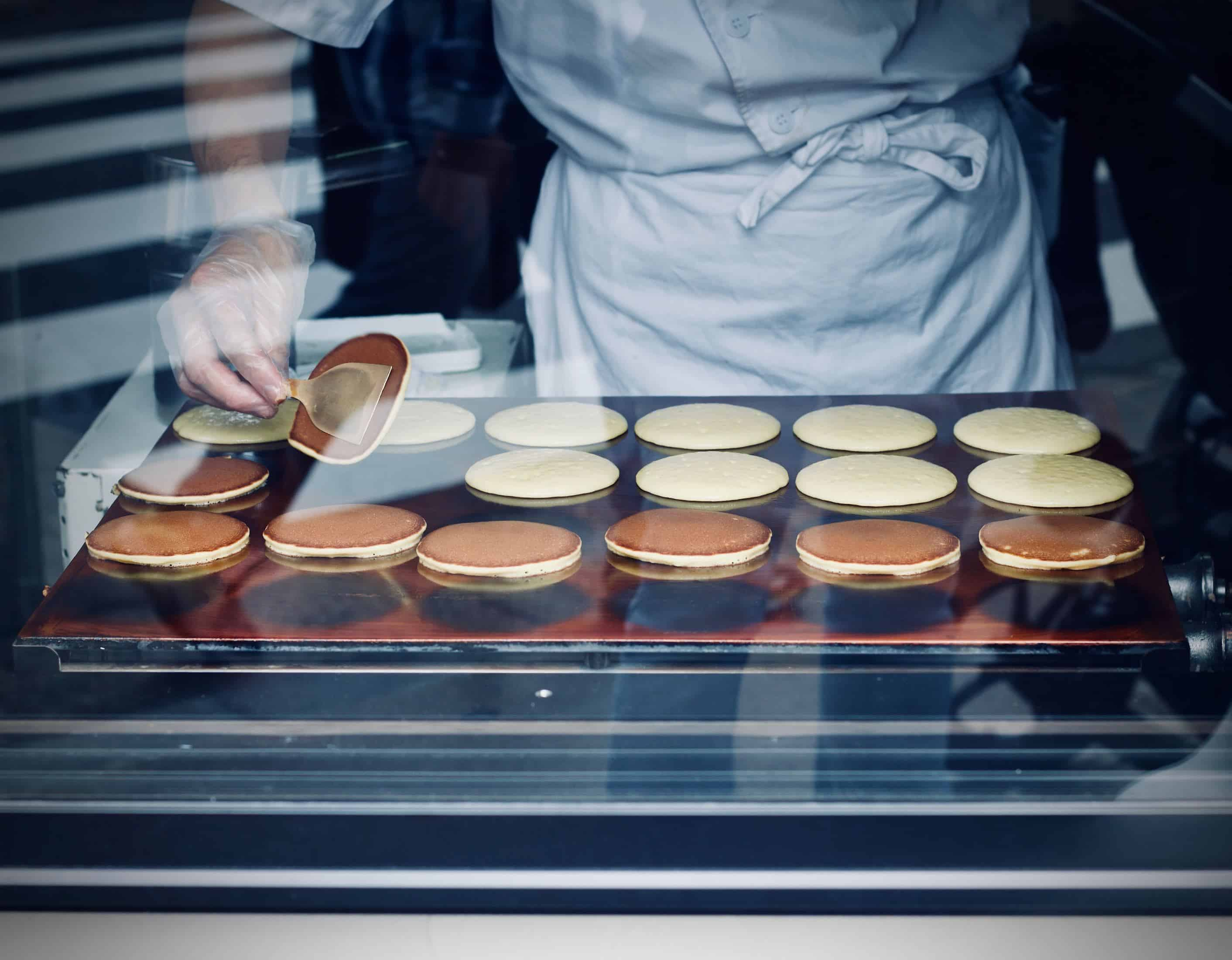someone making dorayaki