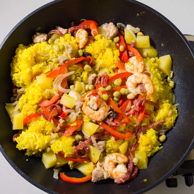 Arroz Valenciana with cooked sticky rice