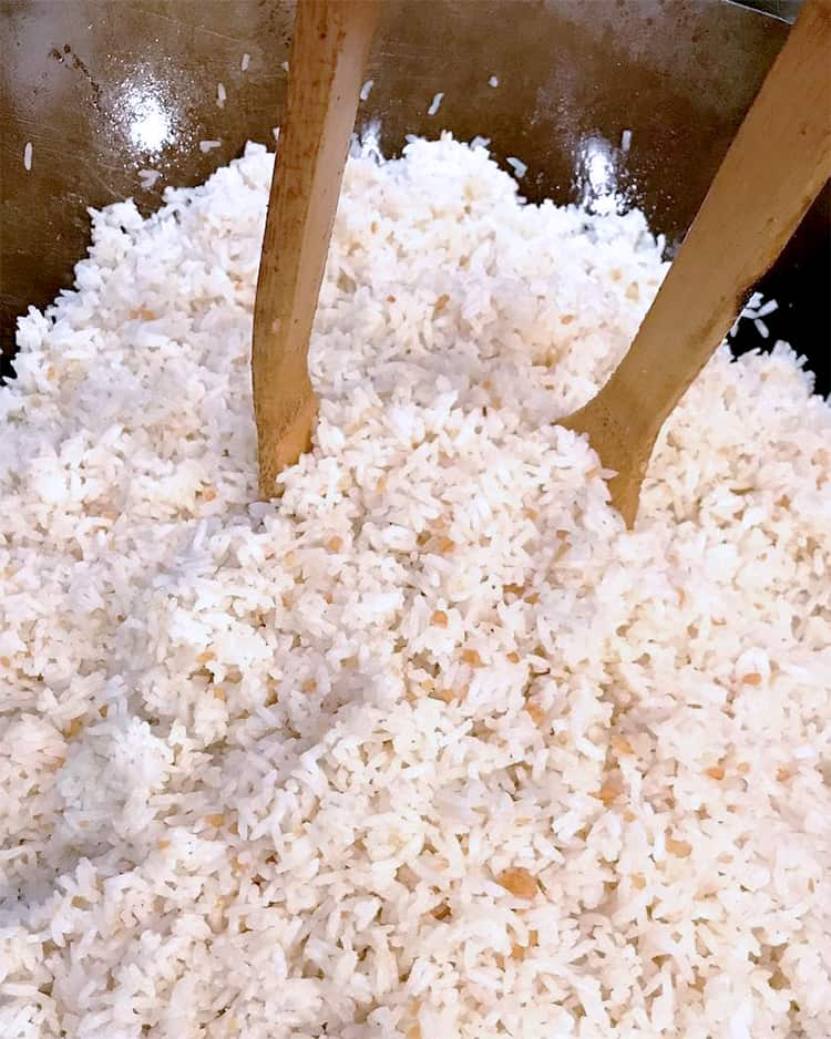 Sinangag Recipe (Garlic Fried Rice)