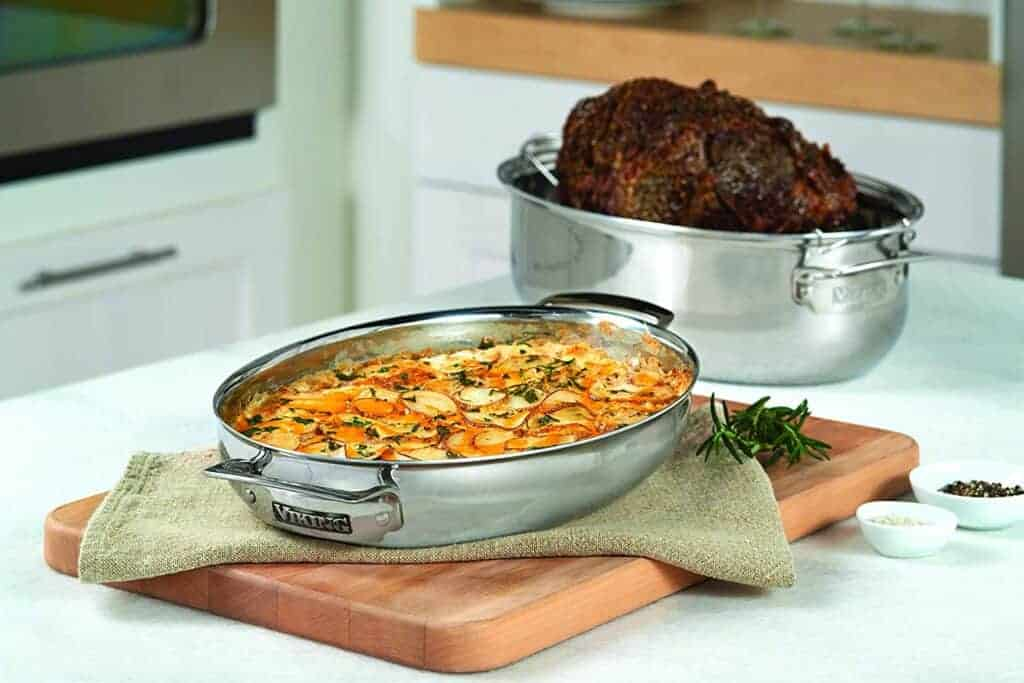 Best induction roasting pan: Viking 3-Ply Oval Roaster