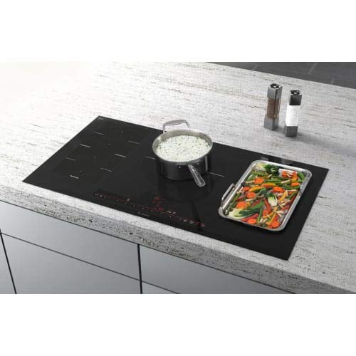Best overall Induction cooktop: Bosch FlexInduction NITP068UC