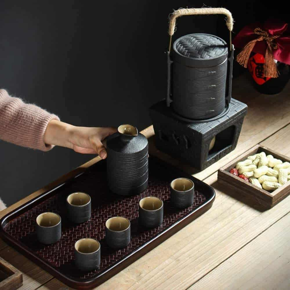 Best Candle Stove Sake Warmer: Japanese Ceramic Black Glaze Sake Set met Warmer Pot en Candle Stove